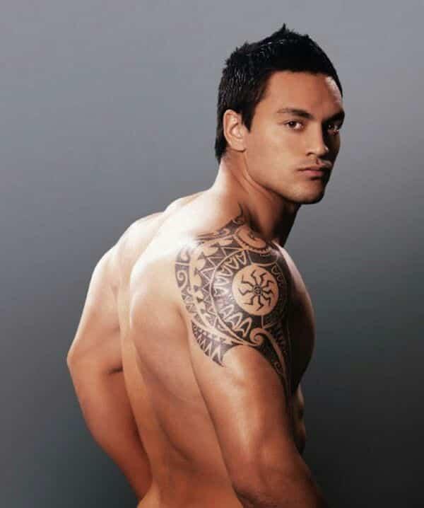Shoulder tattoos for men designs on shoulder for guys for Subtle male tattoos