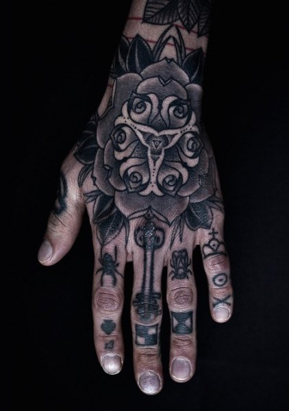hand tattoos for men designs and ideas for guys. Black Bedroom Furniture Sets. Home Design Ideas