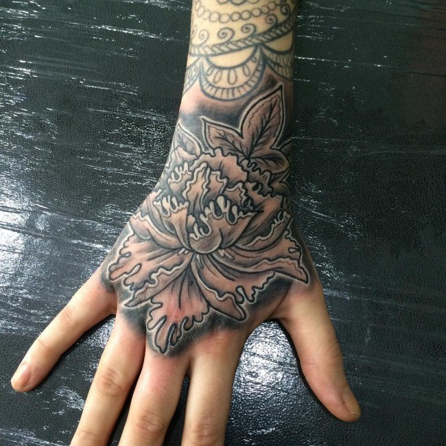 tattoos hand tattoo designs 3d whole hands guys face lion background around fingers tattooing menstattooideas