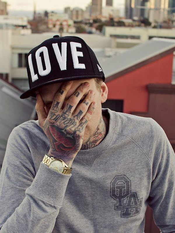 hand-tattoos-24