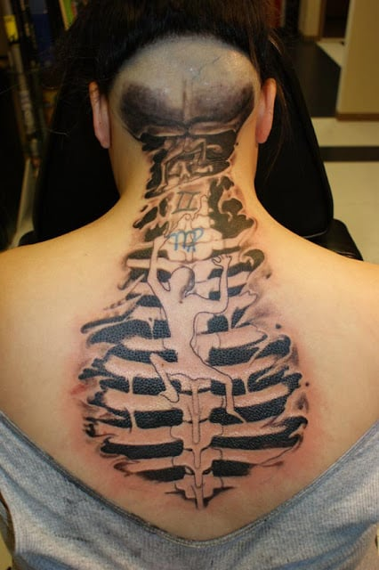 spine tattoos for men ideas and designs for guys. Black Bedroom Furniture Sets. Home Design Ideas