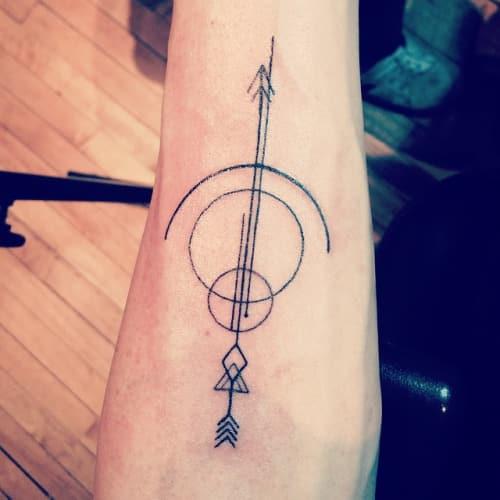 bow-and-arrow-tattoos-21