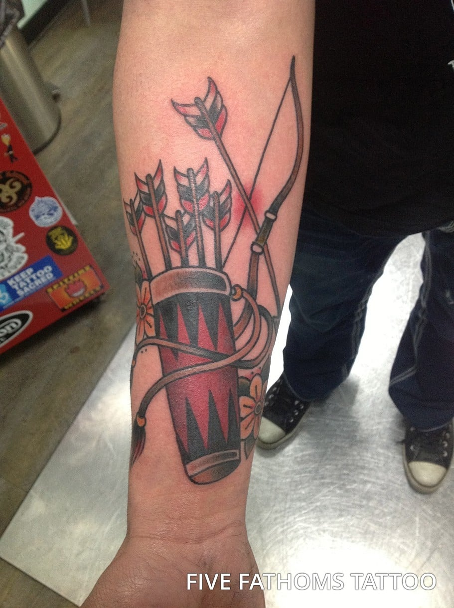 bow-and-arrow-tattoos-37
