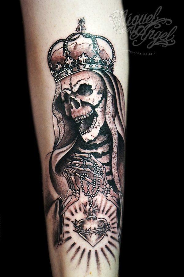 crown-tattoos-19