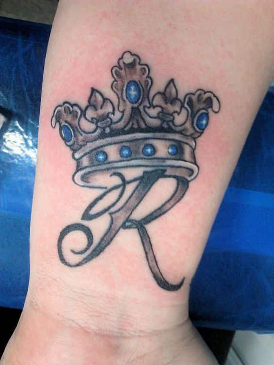 crown-tattoos-30