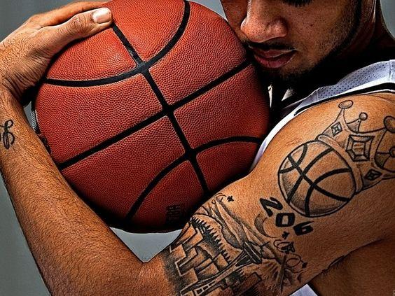 crown-tattoos-33
