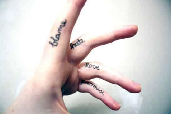 finger-tattoos-10