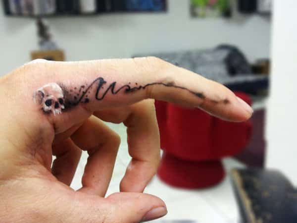 finger-tattoos-12