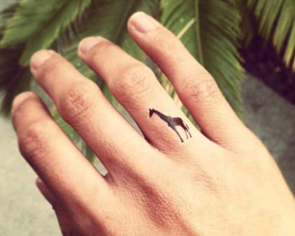 finger-tattoos-19