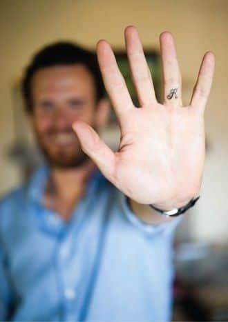 finger-tattoos-26