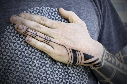 finger-tattoos-44