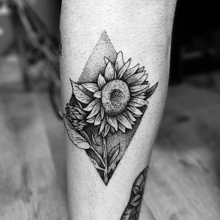 Sunflower tattoos for men ideas and inspiration for guys for Shading background tattoo