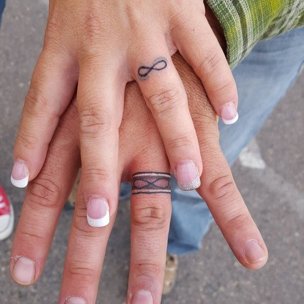 wedding-ring-tattoos-36