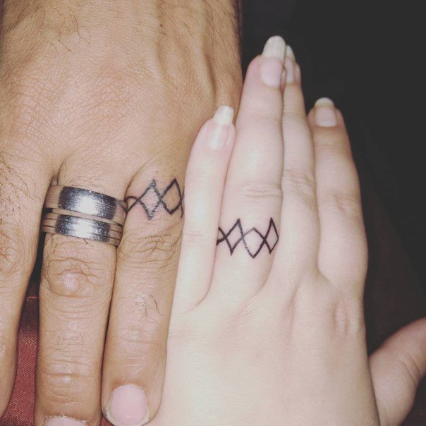wedding-ring-tattoos-40