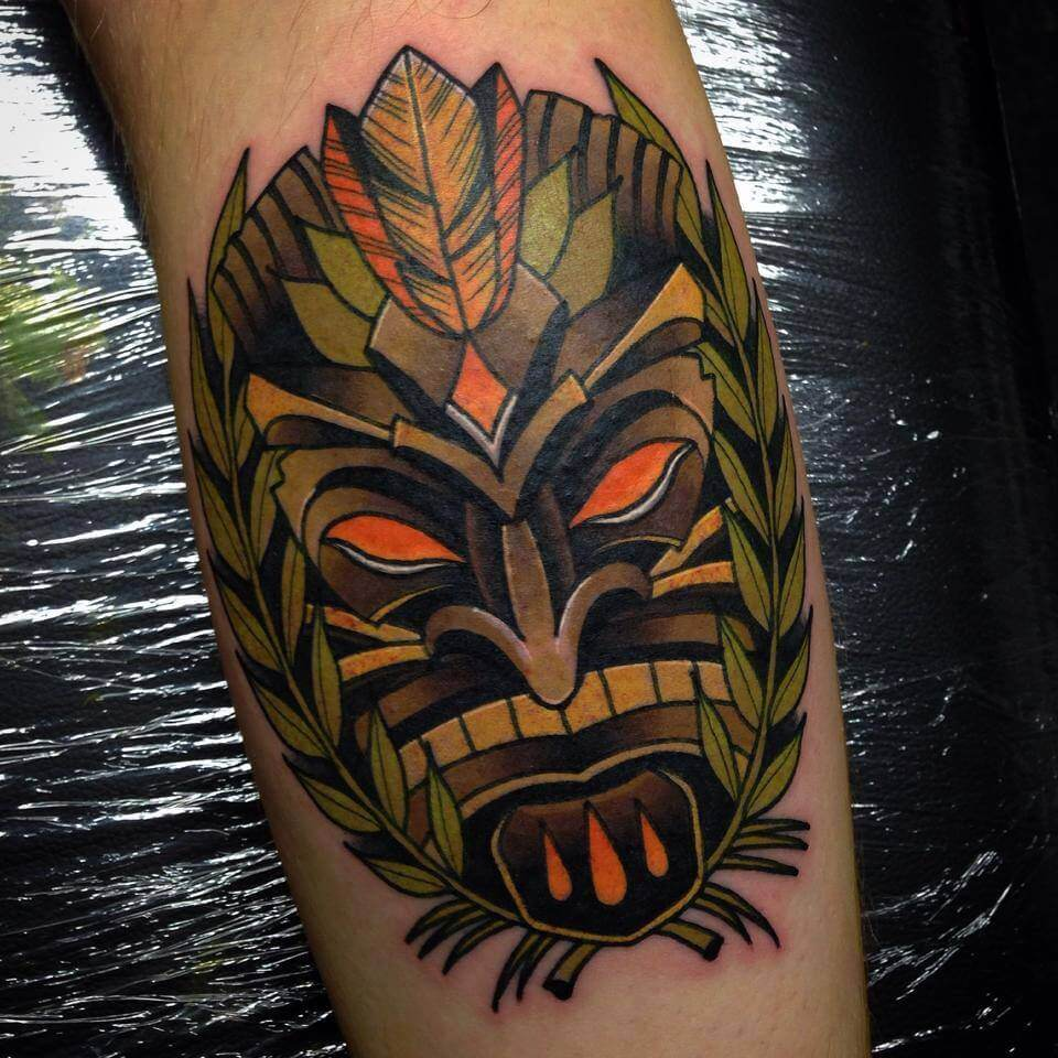 Tiki tattoos for men ideas and designs for guys for Tiki hawaiano