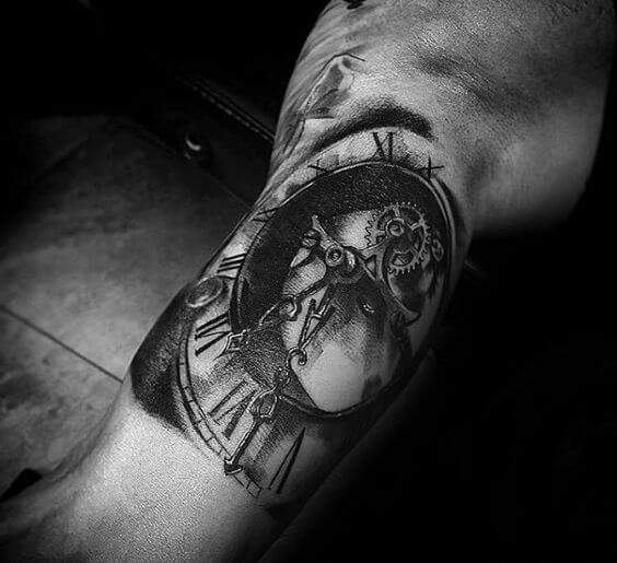 roman-numeral-tattoos-09