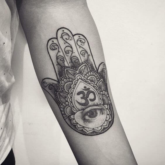 hamsa tattoos for men ideas and designs for guys. Black Bedroom Furniture Sets. Home Design Ideas