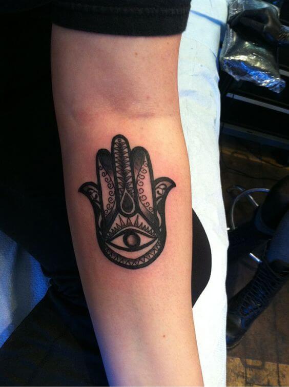 hamsa-tattoos-30