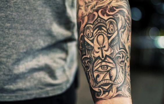 hamsa-tattoos-48
