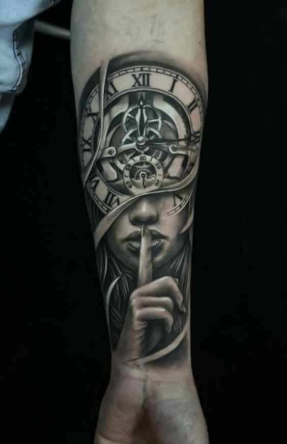 f24a6925da1d8 clock-tattoos-01. This beautiful clock tattoo shows the ...